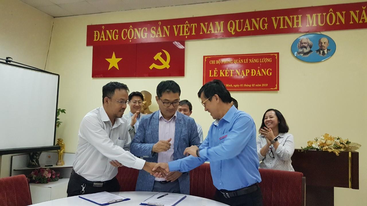 Lễ ký kết hợp tác MOU giữa ba bên phối hợp tổ chức triển lãm VIMAF và VSIF